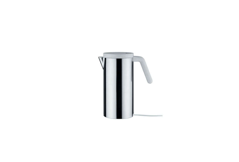 10 Easy Pieces: Electric Kettles - Remodelista