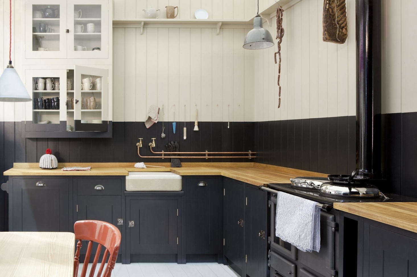 A view of the L-shaped kitchen. For more, seeRemodeling 101: The L-Shaped Kitchen.