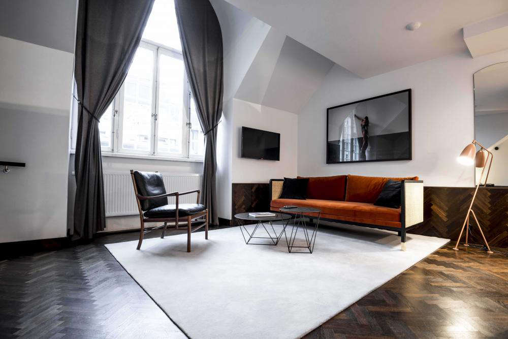 Miss Clara: Glamorous Lodgings in a Former Girls' School in Stockholm