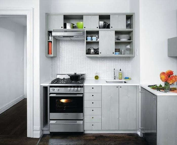10 easy pieces best appliances for small kitchens remodelista - Best Appliances For Small Kitchens