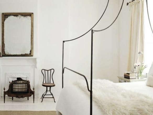 Portica Queen Canopy Bed