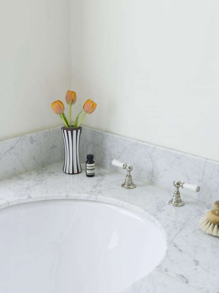 The Designer Is In An Optimist At Home In Notting Hill Remodelista