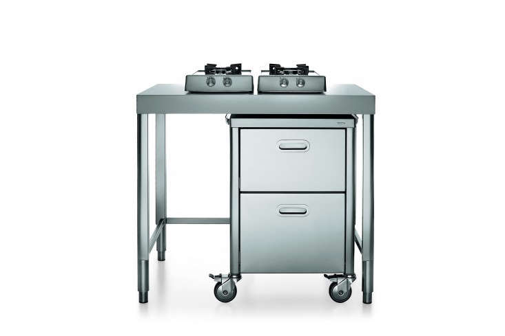 Above: The Two Gas Burners On This Cooktop Flip Up So That The Piece  Doubles As A Food Prep Table. Under It, A Two Drawer Cart On Casters Holds  Pots And ...