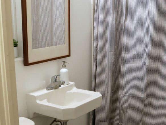 Best ende detergent dispenser for Bathroom remodel under 5000