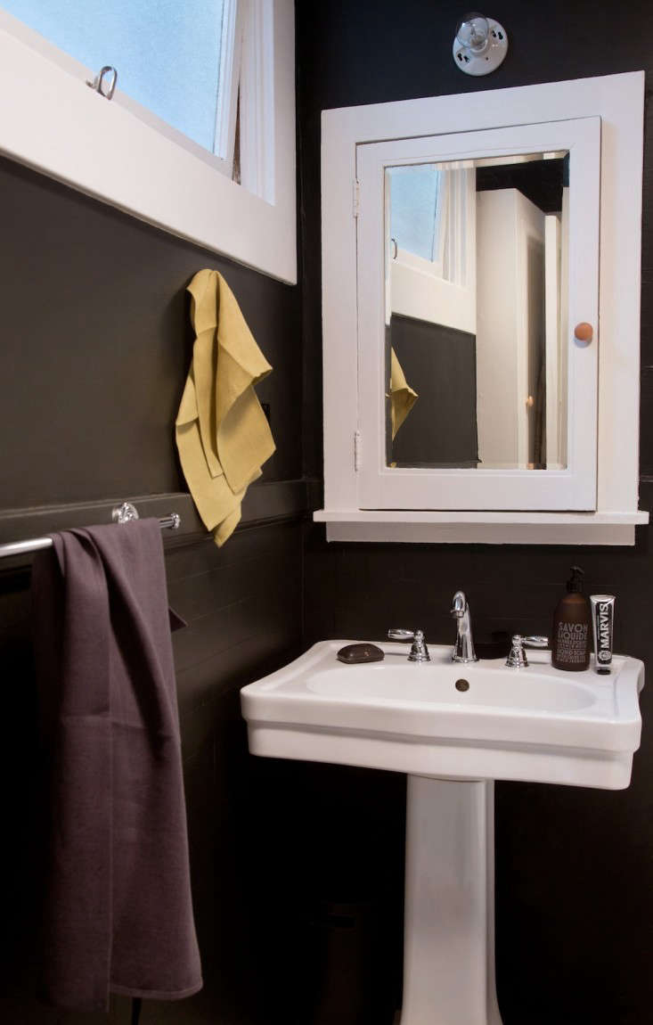 Steal This Look: The Bath in Black - Remodelista
