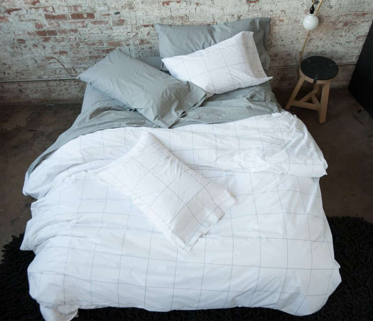 The Prize For Going Into Most Detail About Cotton Fibers Yarn Ply And Thread Thickness Making A Case Quality Bedding That Goes Far Beyond