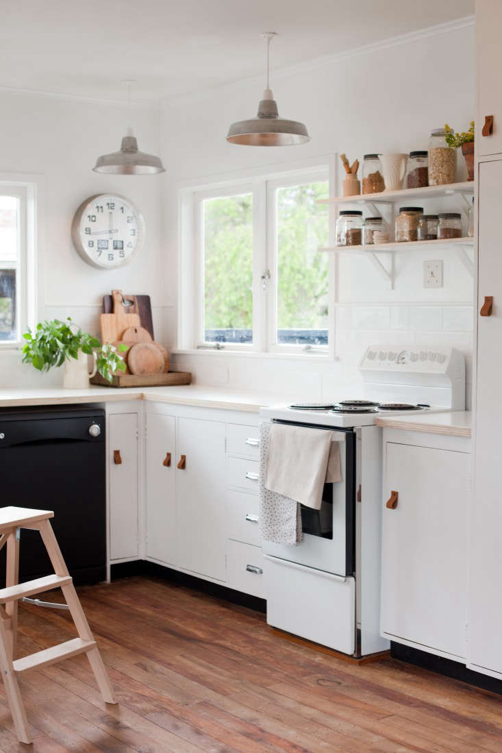 Kitchen Of The Week A New Zealand Blogger S 600 Diy Remodel