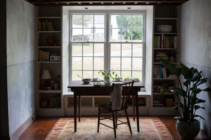 Catskills-Farmhouse-breakfast-nook-by-Jersey-Ice-Cream-Co-Remodelista-1