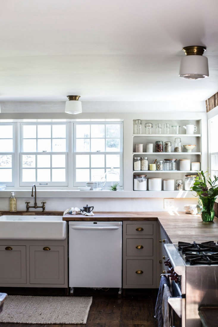 Catskills-Farmhouse-kitchen-by-Jersey-Ice-Cream-Co-Remodelista-1