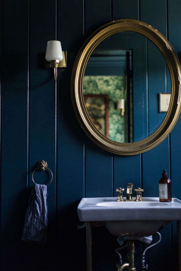 Catskills-Farmhouse-powder-room-by-Jersey-Ice-Cream-Co-Remodelista