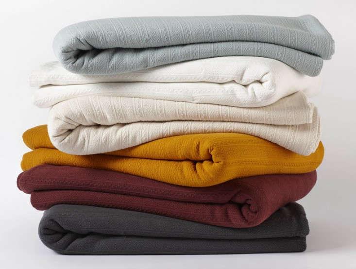 10 Easy Pieces Lightweight Cotton Blankets Remodelista