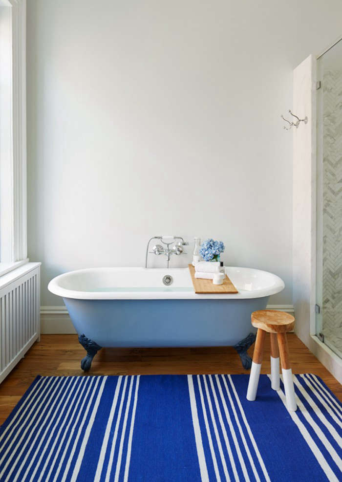 Of Every Stripe 10 Favorite Striped Rugs In The Bath