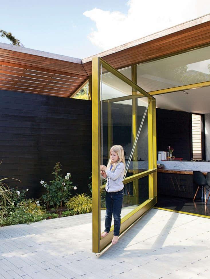 Architect Visit: Pivot Door Roundup