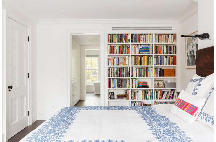 Before you tidy up, read Things Nobody Tells You About the KonMari Method of Declutteringfor a few things you might not know. Photograph by Dustin Aksland, courtesy of Elizabeth Roberts Architecture.