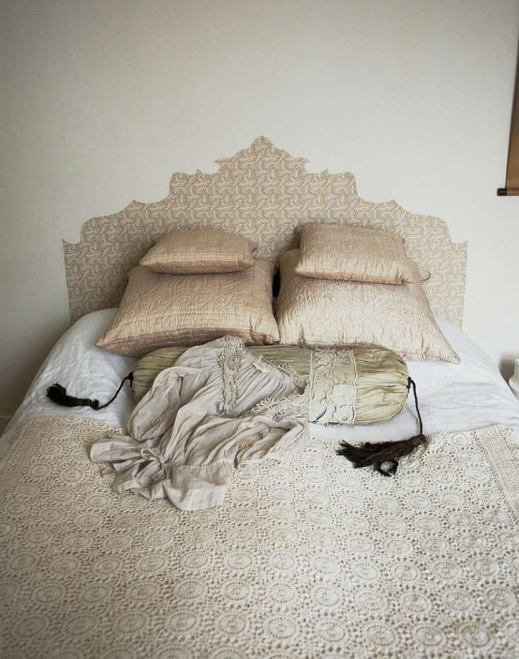 Diy Wallpaper Headboard By Emma Cassi Remodelista