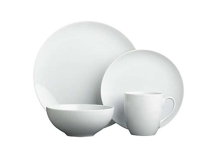 10 Easy Pieces Basic White Dinnerware  sc 1 st  Remodelista & 10 Easy Pieces: Basic White Dinnerware - Remodelista