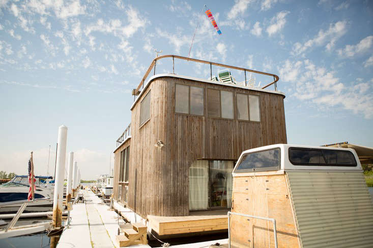 The houseboat,a Sundance House Barge built in 86 on Long Island,is moored on a dock in the Rockaways, in Queens, a few blocks from the beach—and the A train. Hurricane Sandy hit just after the group&#8