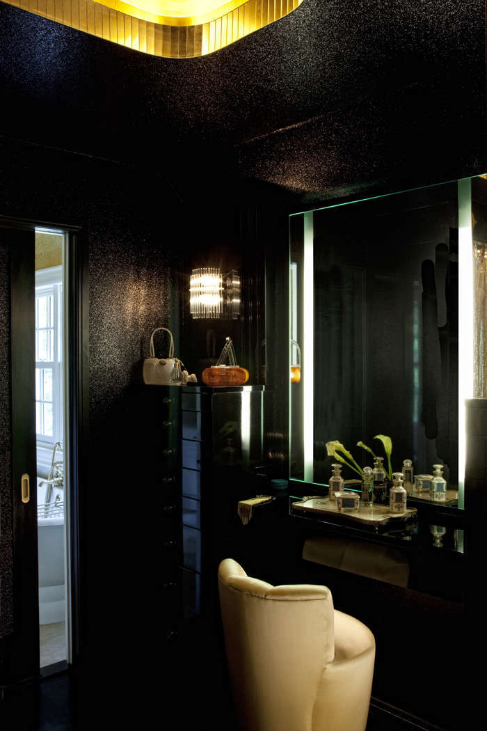 A Glamorous Hollywood Dressing Room From Alexandra Loew