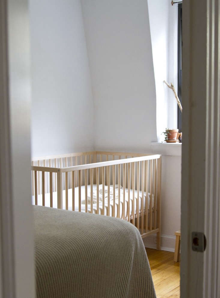 10 Easy Pieces Best Cribs For Babies Remodelista