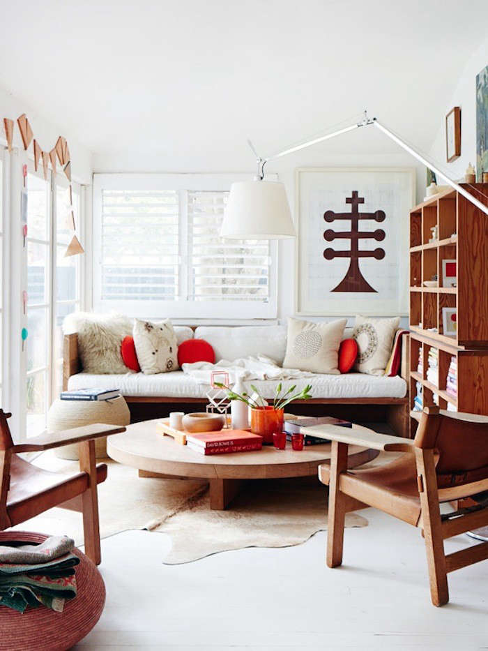 Above The Tuckeys Light Filled Living Room Spotted On Design Files Couple Have A Well Known Shop Mark Tuckey Home With Locations In Sydney And