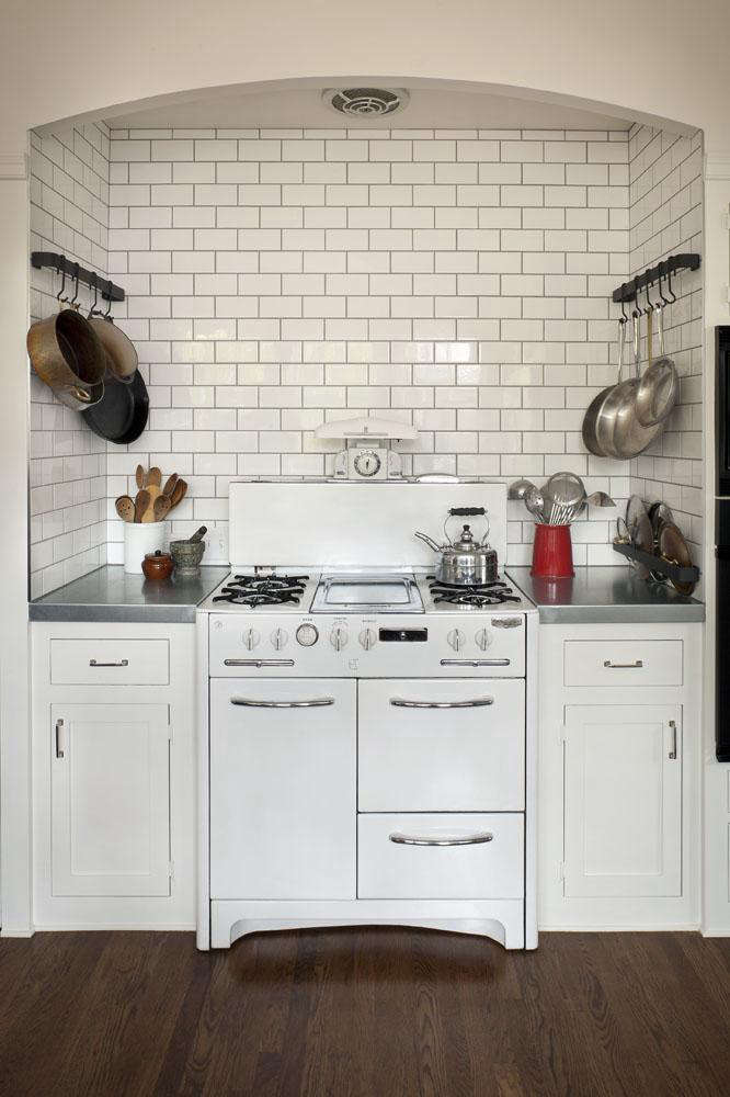 Above: The Existing Cooking Niche In The Kitchen Is A Good Summary Of  Reillyu0027s Approach To The Renovation. U201cThe Vintage Wedgewood Stove And Base  Cabinets ...