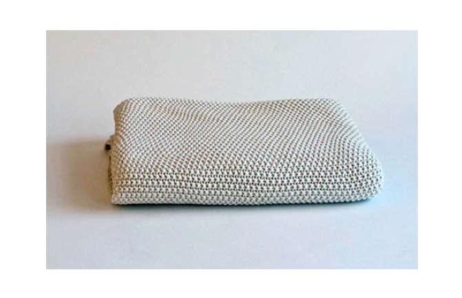 10 Easy Pieces Lightweight Cotton Blankets Remodelista