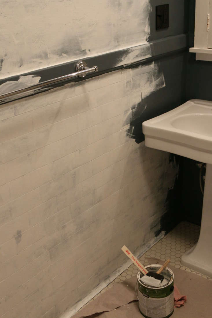 Back from Black: Repainting the Bath from Dark to Light - Remodelista