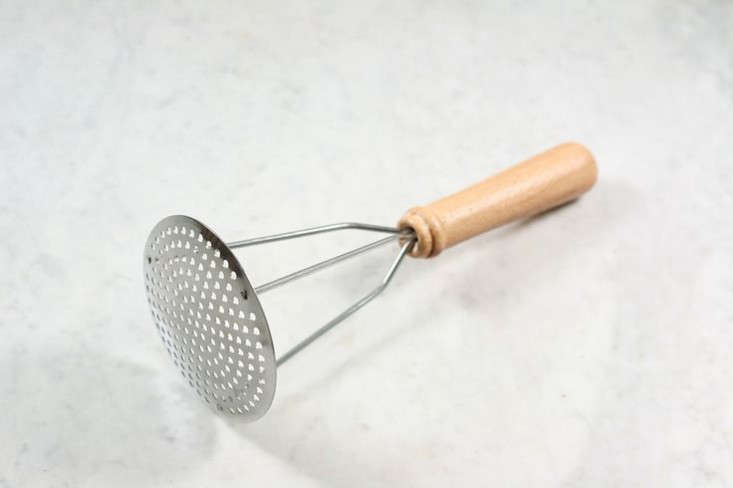 9 Favorites: Utilitarian Wood-Handled Kitchen Tools ...