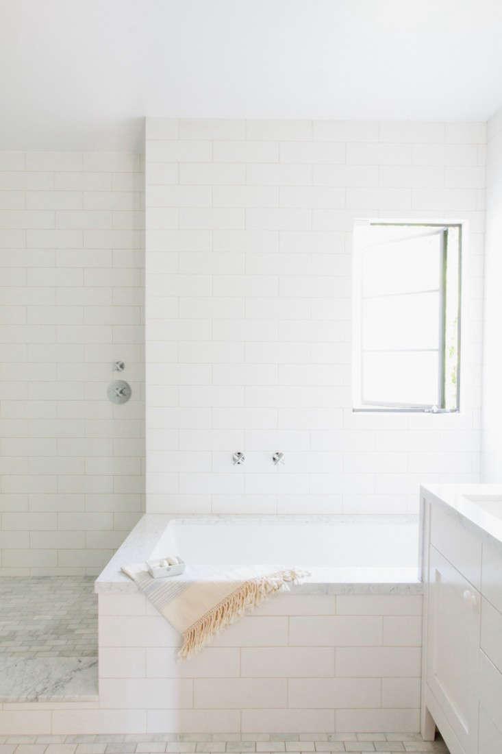 Steal This Look: A Barbara Bestor-Designed Master Bath in LA ...