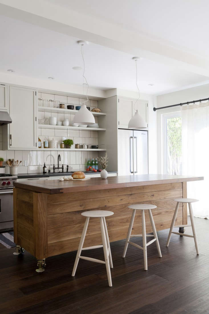 American style kitchen and living room - Rehab Diary La Living Venice Style