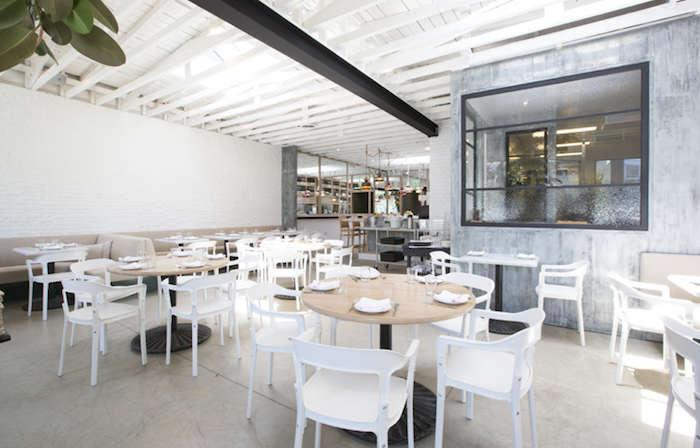 Salt air a whitewashed restaurant in venice beach