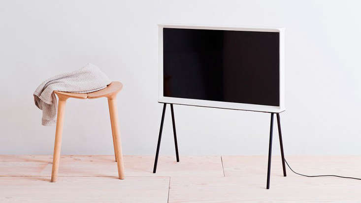the new serif tv by the bouroullec brothers for samsung remodelista. Black Bedroom Furniture Sets. Home Design Ideas