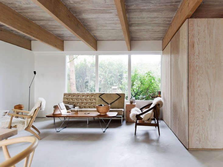 A Midcentury Mountain House Artfully Updated, Whitewashed Wood Edition