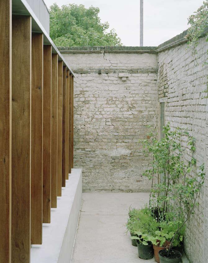 Photograph viaHugh Strange Architectsfrom Architect Visit: The Strange House in London.