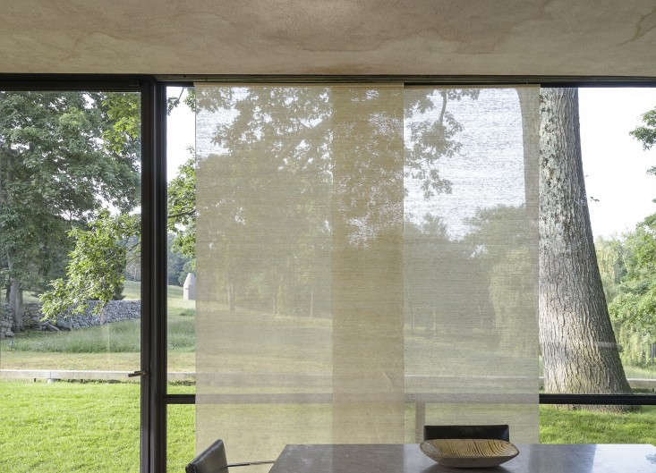 14 Lessons in Minimalism from the Glass House Remodelista