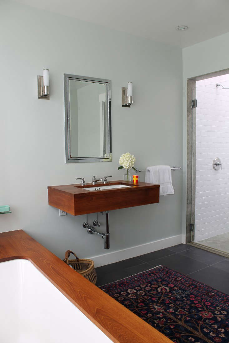 The Refinished Bathroom