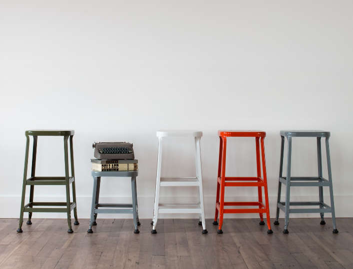 Backless Work Stools & 10 Easy Pieces: Studio Stools - Remodelista islam-shia.org