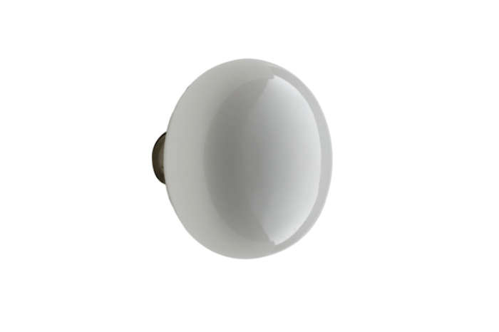 10 Easy Pieces: White Porcelain Doorknobs