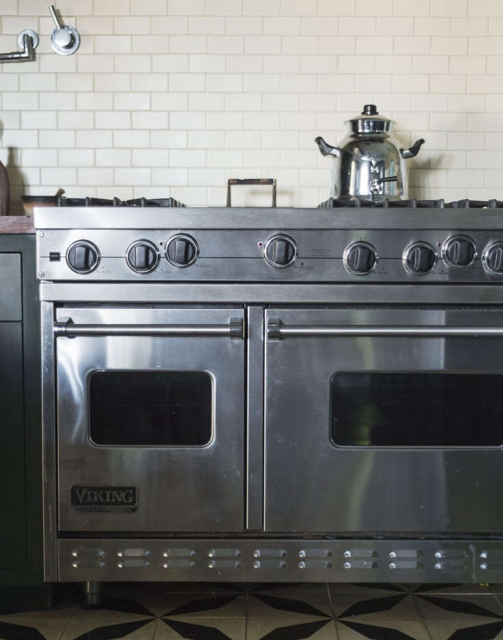A Viking Freestanding 48-Inch Range offers high-level cooking power in a Los Angeles kitchen by Commune Design. Since Viking was purchased by the Middleby Corporation (the largest food-service equipment manufacturer in the world), it has upped its BTUs and other professional cooking-like features. For more, see Steal This Look: An Exotic Tiled Kitchen by LA Design Firm Commune. Photograph by Matthew Williams for Remodelista.