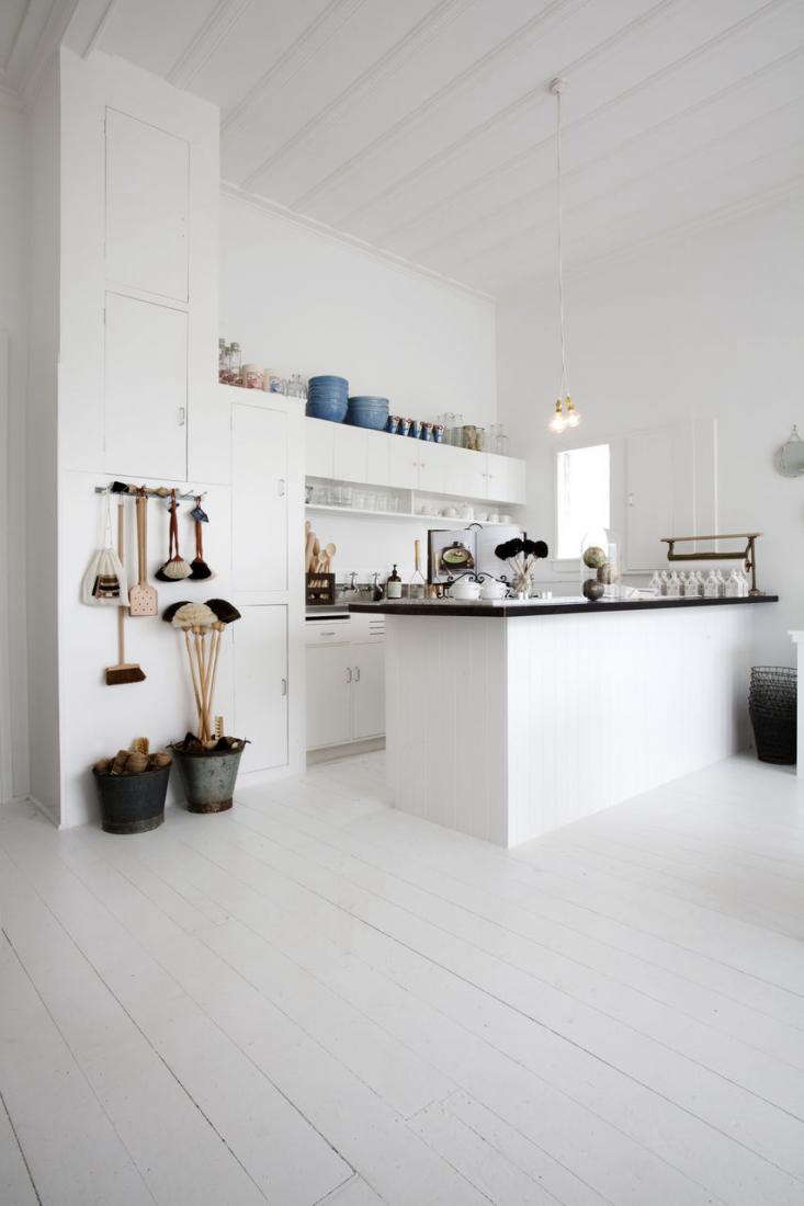 Shopper 39 S Diary Father Rabbit Finds A New Home Remodelista: kitchen design course auckland