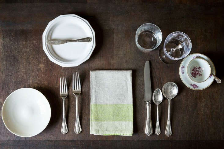 Expert advice how to set the table courtesy of food 52 Simple table setting for lunch
