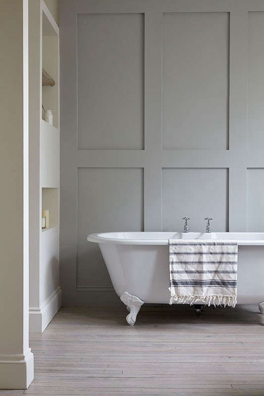 Remodeling 101: Romance In The Bath: Built In Vs. Freestanding Bathtubs