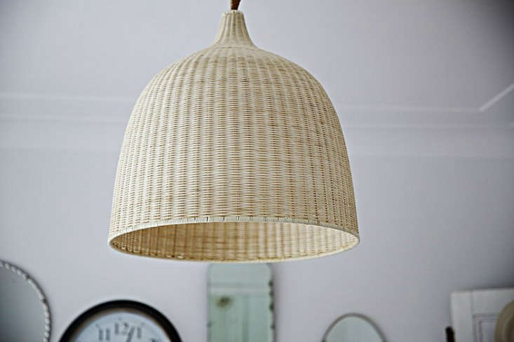 design sleuth 6 summery natural fiber pendant lights remodelista. Black Bedroom Furniture Sets. Home Design Ideas