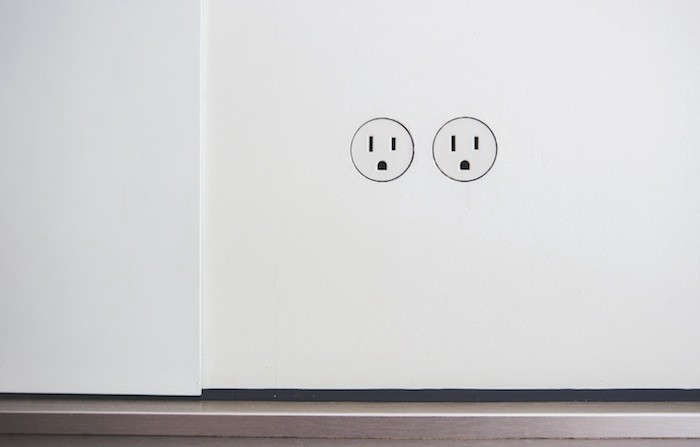 10 Easy Pieces Problem Solving Electrical Outletscovers Remodelista