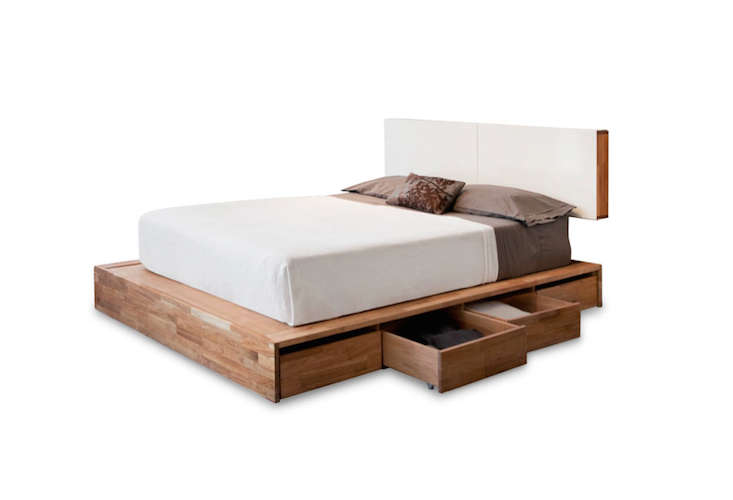 10 easy pieces wood platform bed frames remodelista for Mash studios lax platform bed