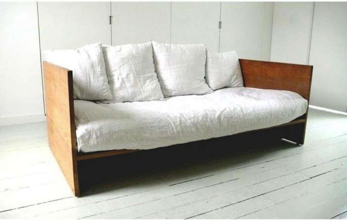 Pleasant High Low The Modern Wooden Daybed Remodelista Download Free Architecture Designs Scobabritishbridgeorg