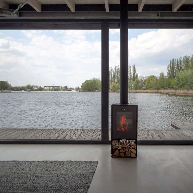 The Urban Rental: A Modern Houseboat in Berlin