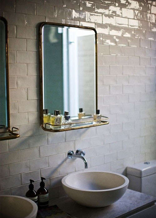 Design Sleuth: 5 Bathroom Mirrors With Shelves