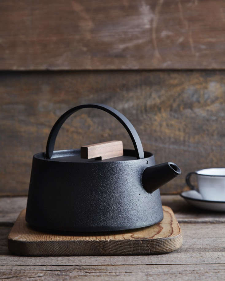 Object Lessons: The Great Japanese Cast-Iron Kettle