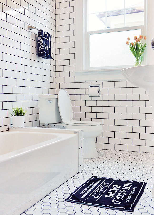 Bath Tub Floor Peeling
